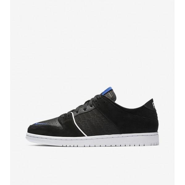 Soulland x Nike SB Dunk Low 918288-041 Black/White...