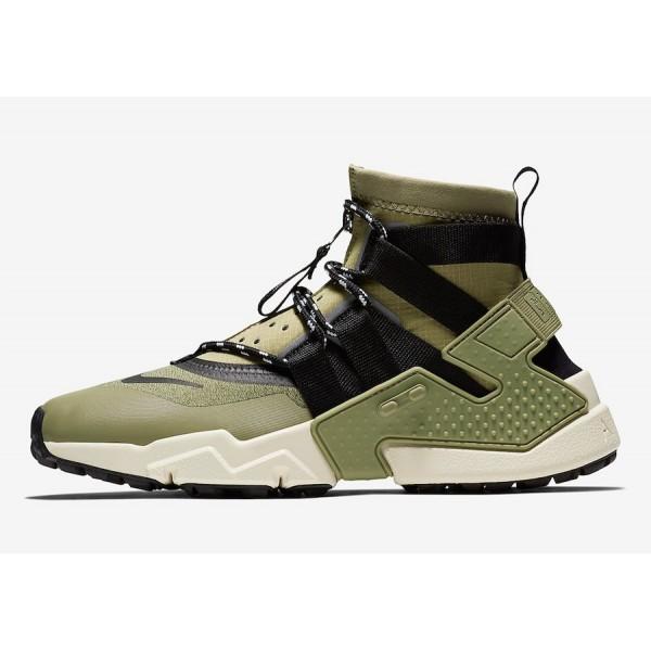 AO1730-200 Nike Air Huarache Gripp Olive Black Men...