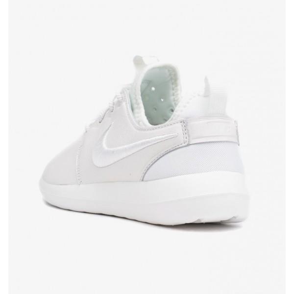 Nike Women Roshe Two SI Summit White Shoes 881187-100