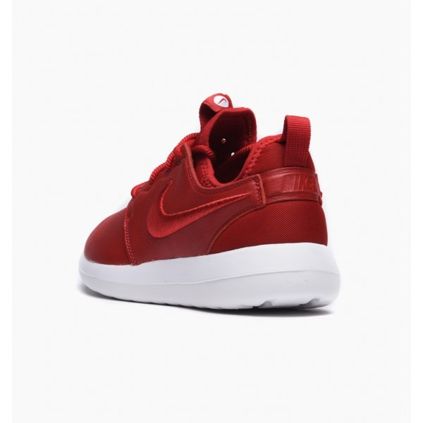 Nike Women Roshe Two SI Gym Red White Shoes 881187-600