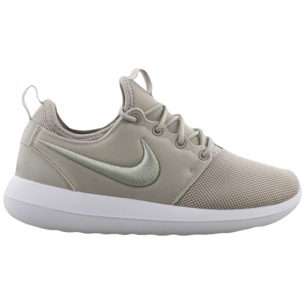 Nike Women Roshe Two Pale Grey White Glacier Blue ...