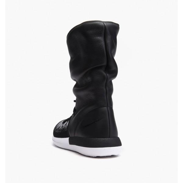 Nike Women Roshe Two Hi Flyknit Boots Black White Shoes 861708-002