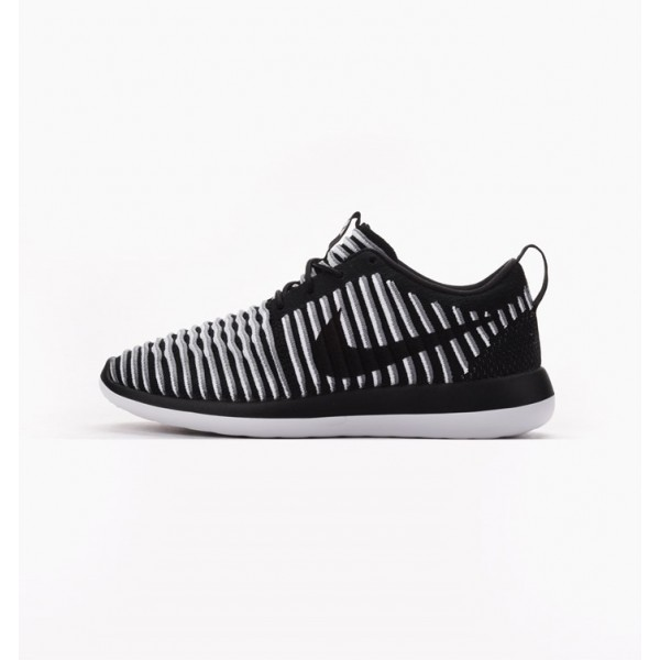 Nike Women Roshe Two Flyknit Black White Grey Shoe...