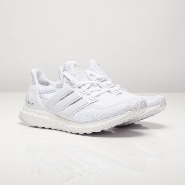 Adidas Women Ultra Boost White Running Shoes AQ593...