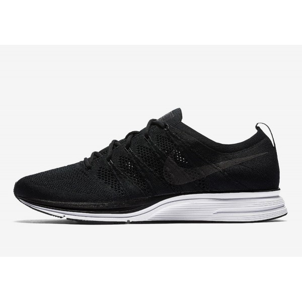 AH8396-007 Nike Flyknit Trainer Black White Men Sh...