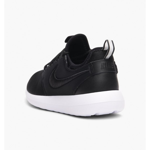 Nike Women Roshe Two Breathe Black White Blue Classic Shoes 896445-001
