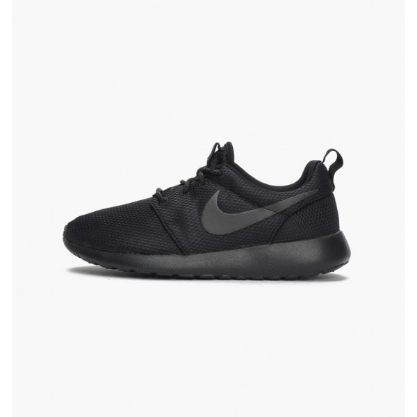 Nike Women Roshe One Black Running Shoes 511882-09...