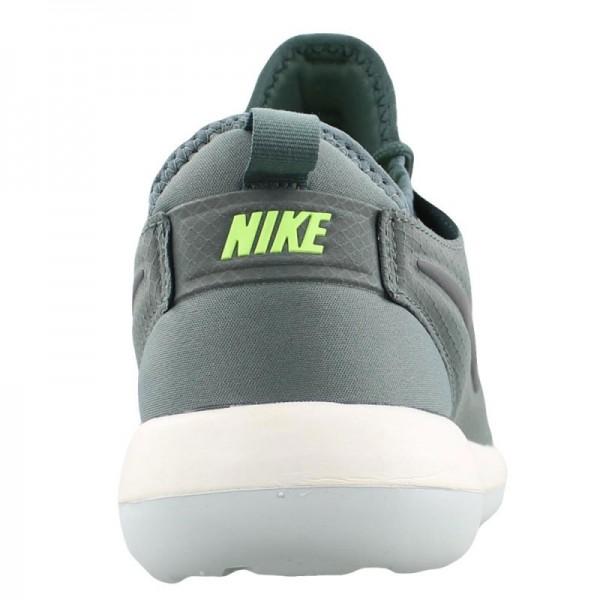 Nike Men Roshe Two SE Ghost Green Shoes 859543-300