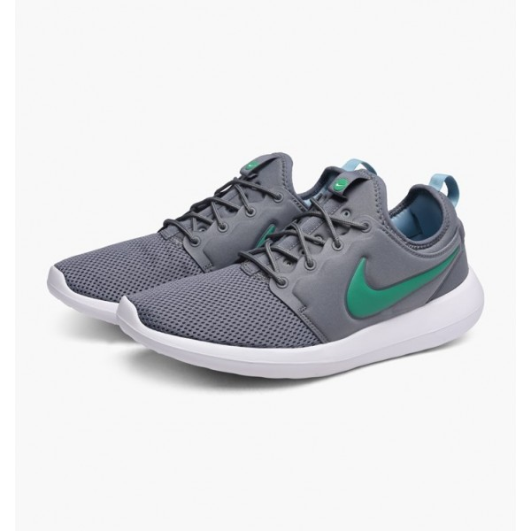 Nike Men Roshe Two Cool Grey Stadium Green Shoes 844656-006