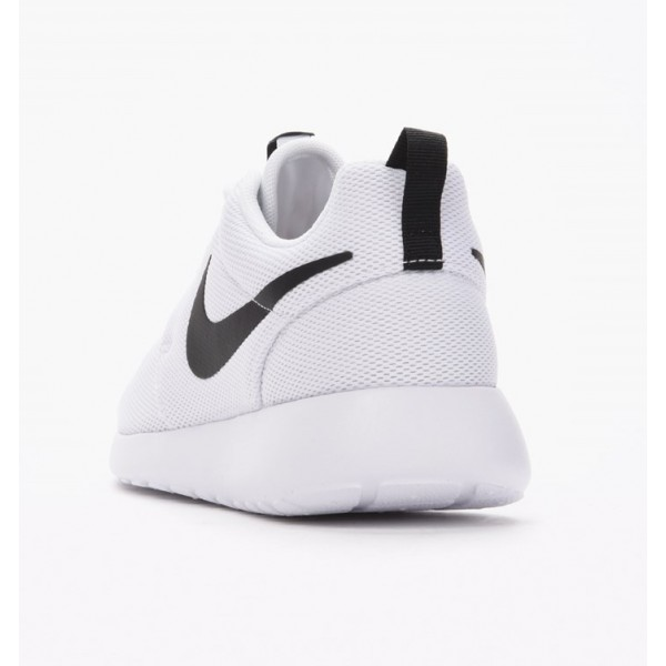 Nike Men Roshe One Black White Shoes 511881-010