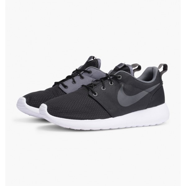 Nike Men Roshe One SE Black Shoes 844687-004