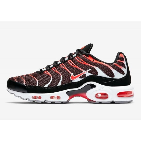 852630-034 Nike Air Max Plus Bright Red Black Men ...